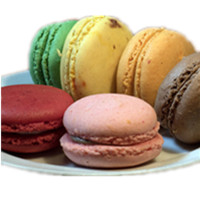 Assorted Macarons (6)